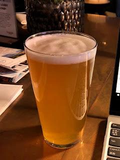 仕事後のビール