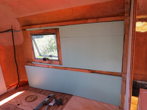 insulating a fiberglass trailer