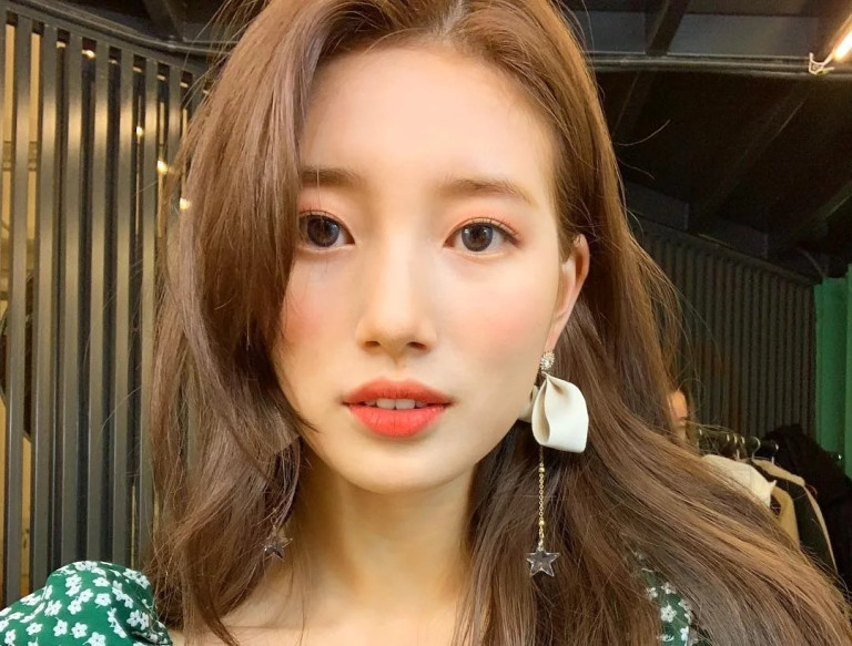Korean Girls Use C Makeup