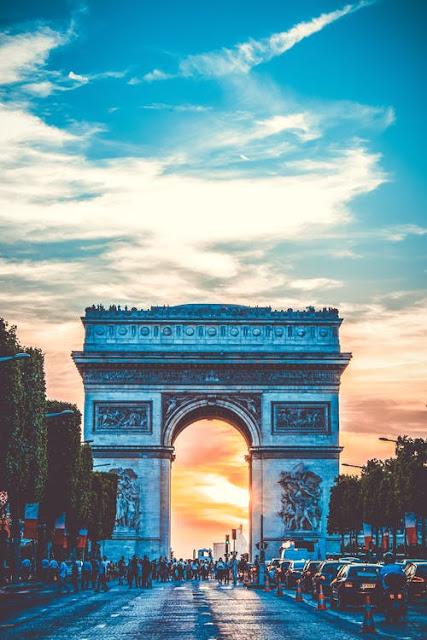خصم على الرحلات الجوية إلى باريس