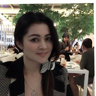 Biodata Ratu Dewi Imasy berperan sebagai Ibunya Neneng
