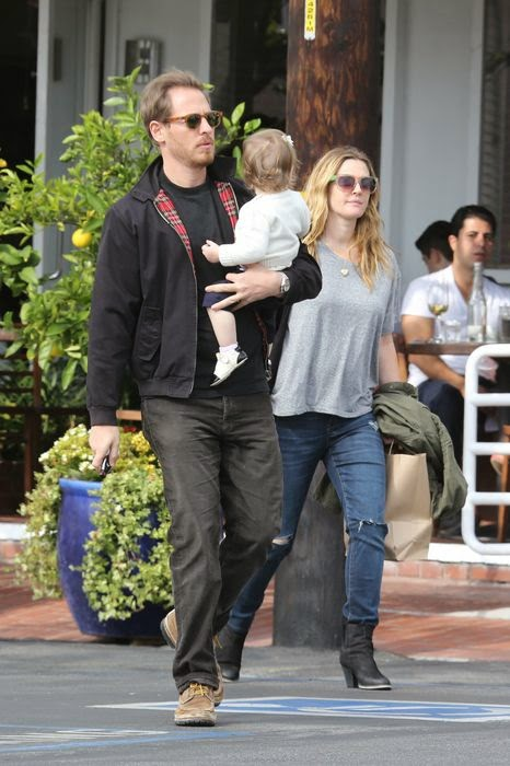 paparazzi, Shopping, pregnant Drew Barrymore