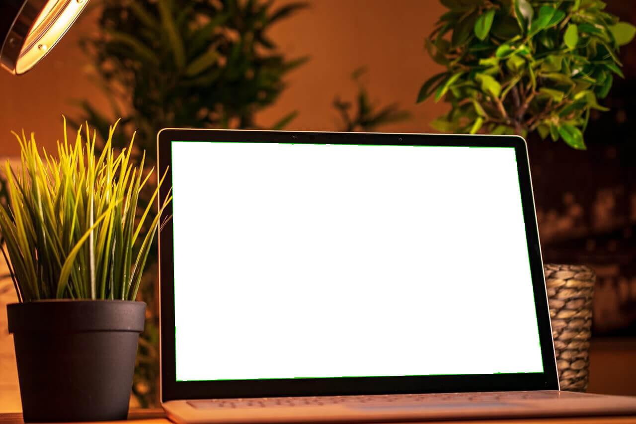 Laptop layar hitam