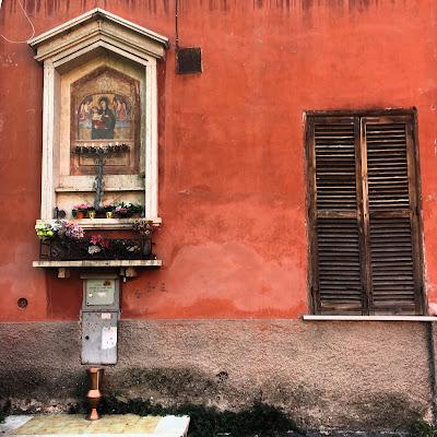 Edicola Sacra Divino Amore Orti d'Alibert