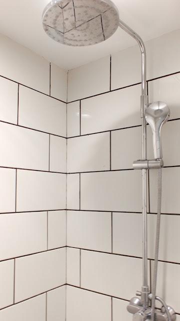 shower namin hotel