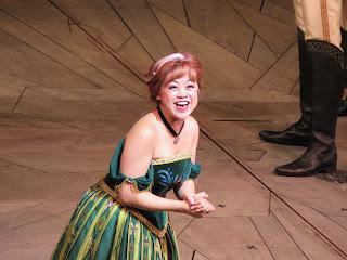 Anna Frozen Live at the Hyperion Disney California Adventure