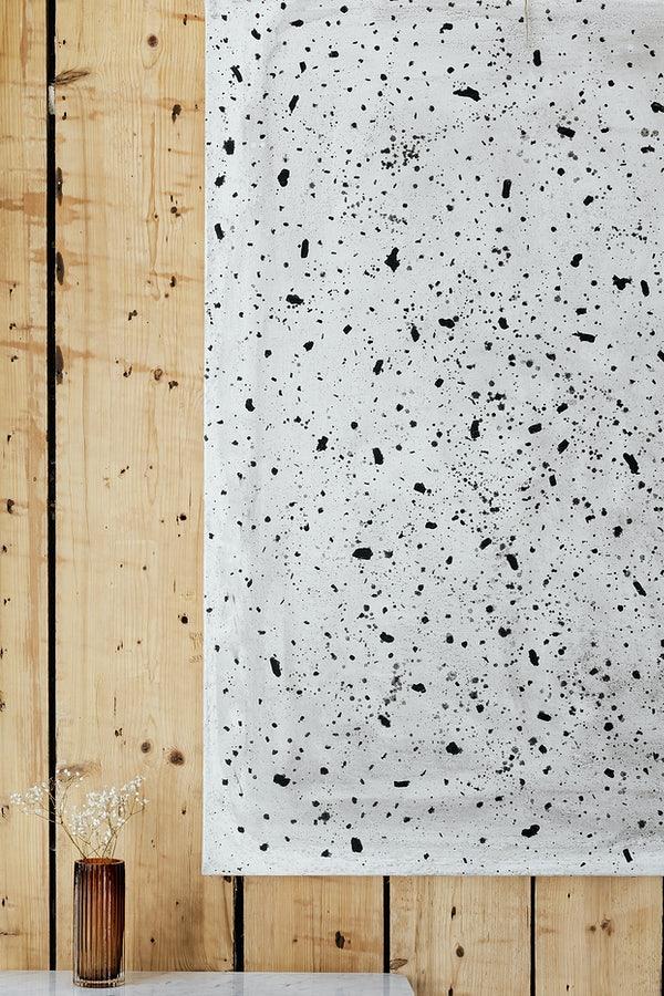 drewniana belka na ścianę