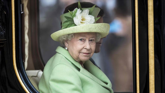 "Publican planes ""ultrasecretos"" para muerte de reina Isabel II"