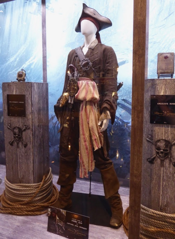 Johnny Depp Dead Men Tell No Tales Captain Jack Sparrow costume
