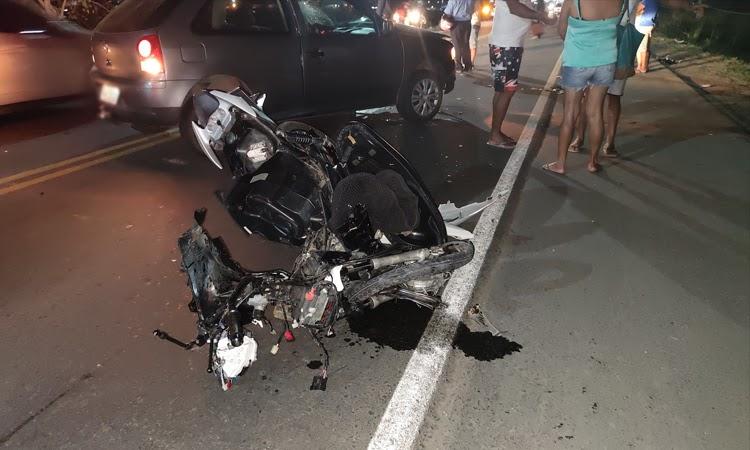 Jovem morre após colisão entre moto e carro na Chapada Diamantina