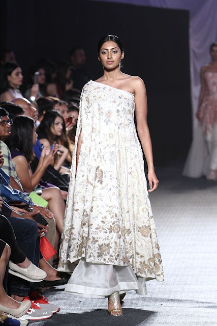 Lakme Fashion Week Anamika Khanna