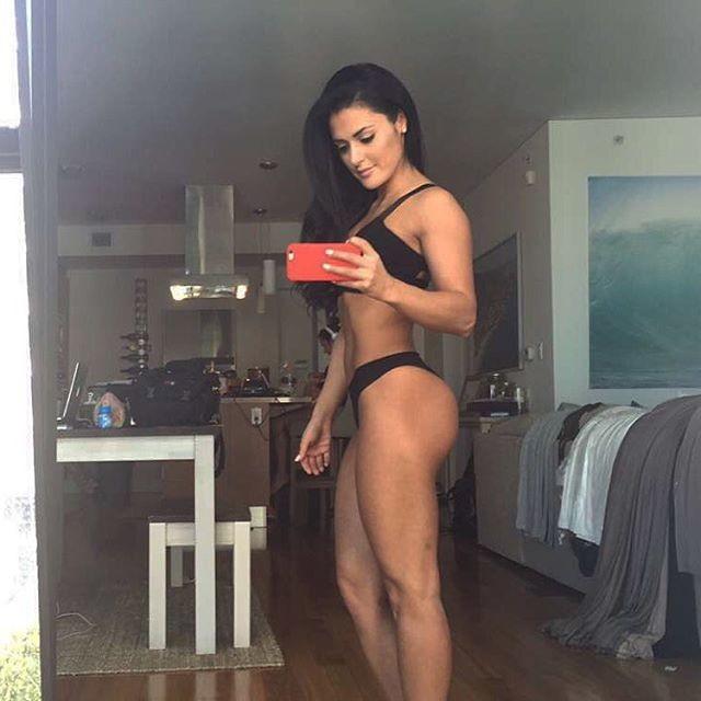 Natural Fitness Model Jessica Arevalo