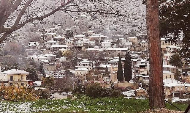Τώρα που έφτιαξε ο καιρός, ένας είναι ο προορισμός στην Αργολίδα, η χιονισμένη Καρυά!!!