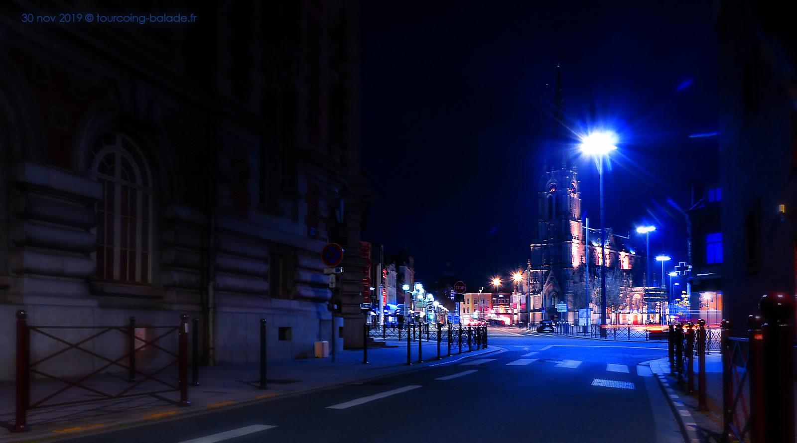 Tourcoing nuit - Rue des anges, et église St Christophe.