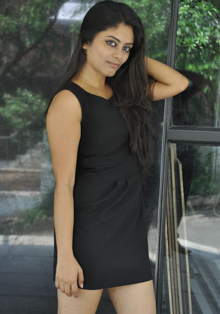 Seethal Sidge Indian South Actress Super Exclusive Thighs Photos Actress Trend