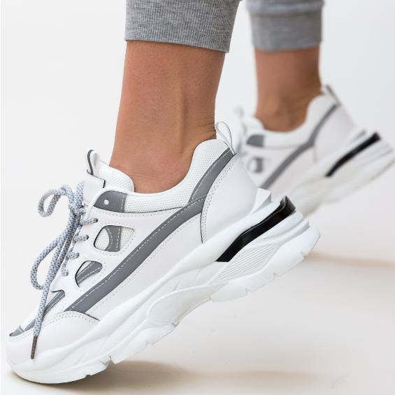 Adidasi albi la moda cu talpa groasa de dama pret mic
