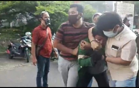 Penyamaran Oknum Perwira Polisi Jadi Mahasiswa Peserta Demo, Polri Wajib Klarifikasi