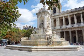 Paris : Fontaine Saint Sulpice, élégance renaissance pour une composition du XIXème siècle - VIème