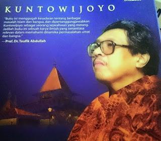 Biografi Kuntowijoyo, Sang Sejarawan, Sastrawan, Dan Budayawan Terproduktif