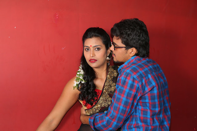 stills Kanchana romancing Aryan in Saree Red Choli | Bollywood Gossip ...