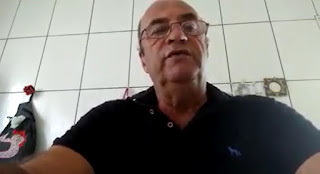 Doutor Saul durante live