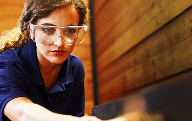 Gambar Cara pemakaian kacamata pengamanan