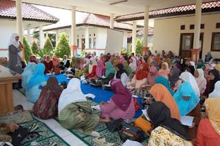 Forum Wanita Indonesia untuk Wanita Karir Sekaligus Ibu Rumah Tangga