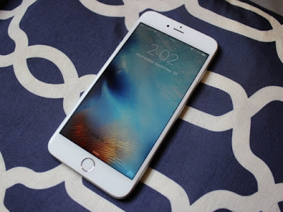 Smartphone Paling Top di Seluruh Dunia - iPhone S Plus