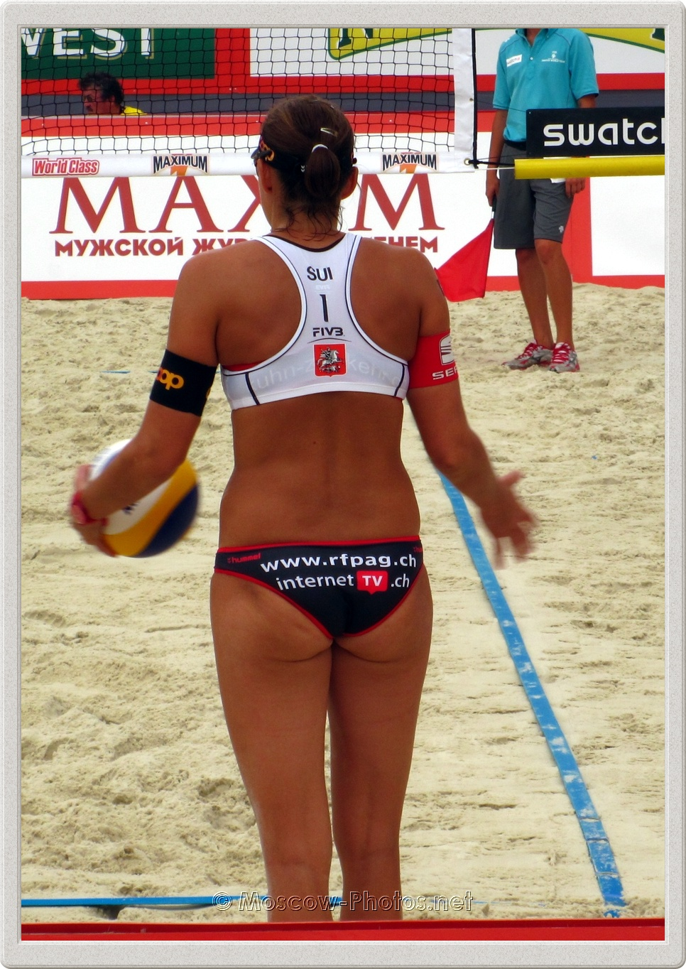 Serve of Swiss beach volley team
