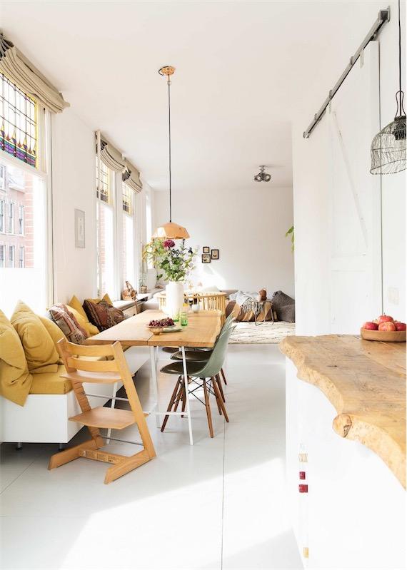 zona office con mesa madera recuperada chicanddeco