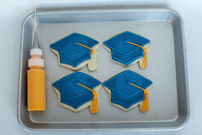 graduation hat cookies with tassels