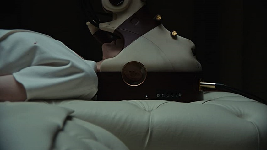 Рецензия на фильм «В чужой шкуре» («Обладатель») - фантастический триллер Брэндона Кроненберга - 02