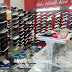 3 mẫu kệ thời trang trưng bày giày dép tiết kiệm diện tích nhất