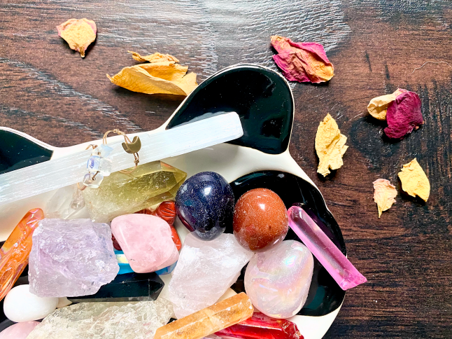 My Favorite Crystals + How I Use Them