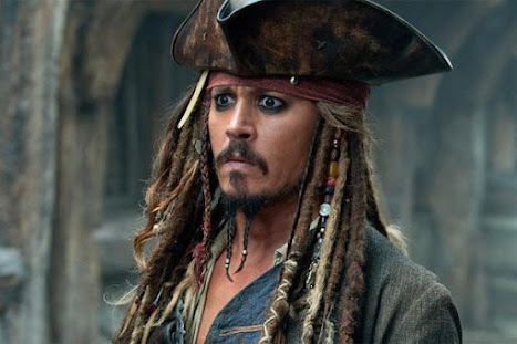 Acidente: Johnny Depp fica ferido durante filmagens de Piratas do Caribe