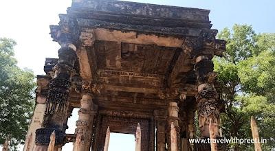 घंटाई मंदिर खजुराहो  - Ghantai Temple Khajuraho