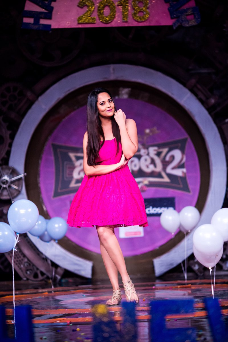 Actress AnasuyaBharadwaj Latest HD Images