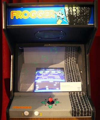 Frogger machine from Seinfeld