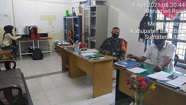 Rutin Komunikasi Sosial Dilaksanakan Personel Jajaran Kodim 0208/Asahan Dengan Perangkat Desa Dalam Menjalin Keharmonisan