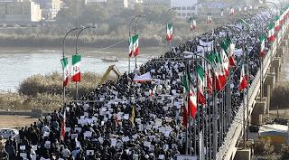 Syiah Iran Menghancurkan Kaum Muslimin Dari Belakang
