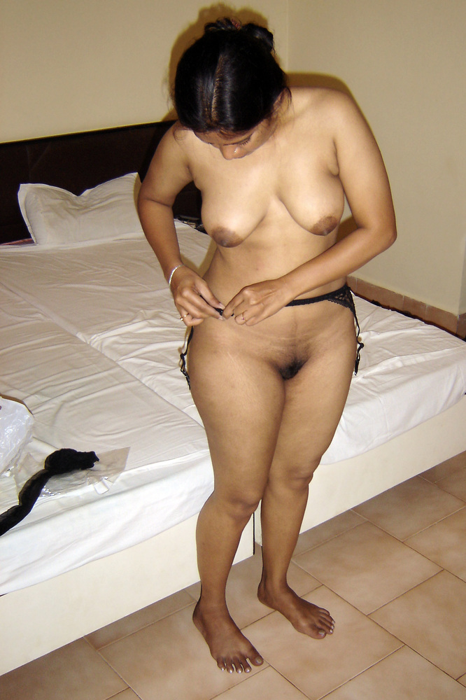indonesian-housewife-naked-dominate-young-girl-friend