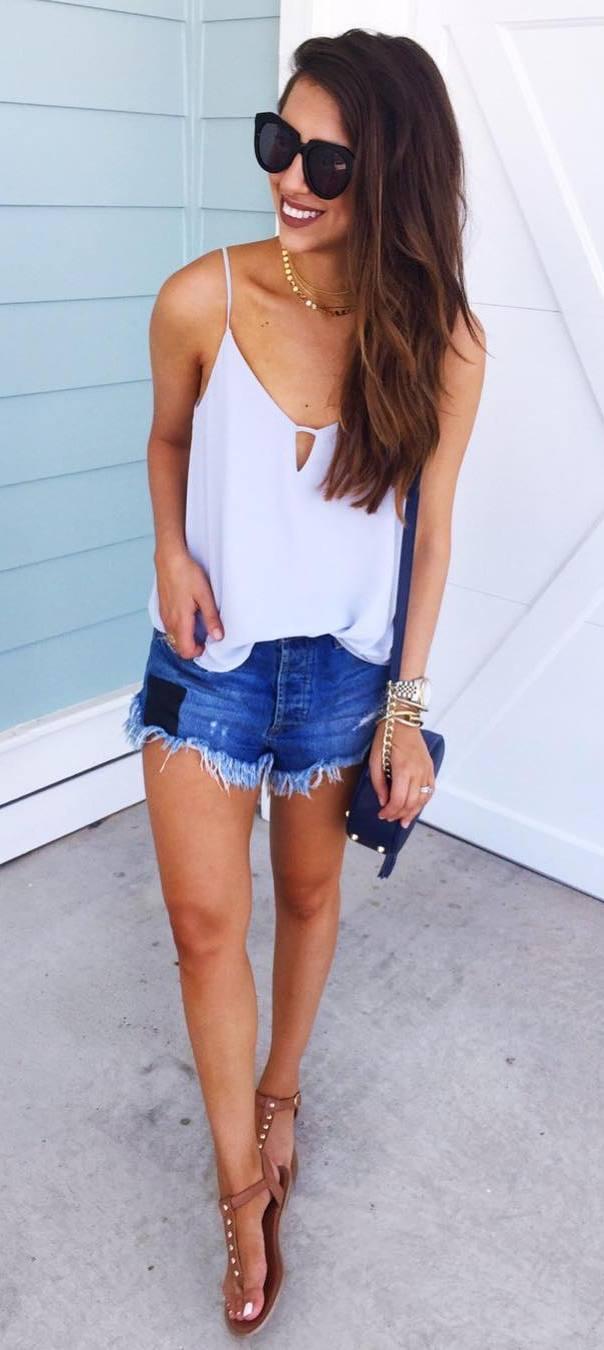 ootd: top + denim shorts