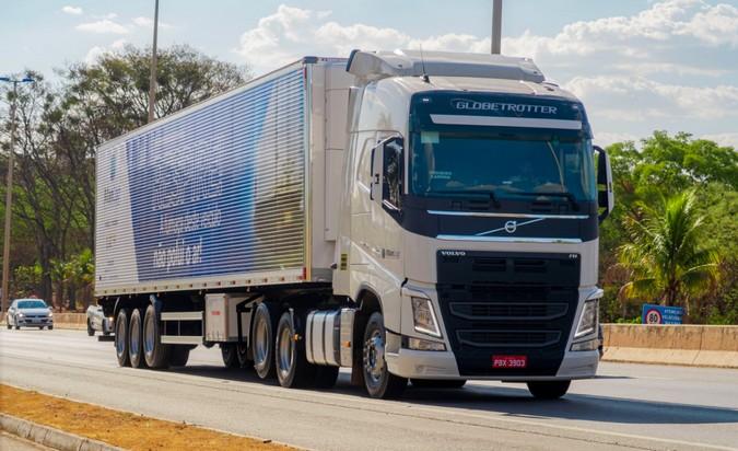 Manlog Transportes inicia operação de startup de locação de veículos
