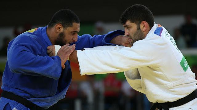 Nuevo gesto polémico en Río: Un judoca egipcio se niega a dar la mano a su rival israelí