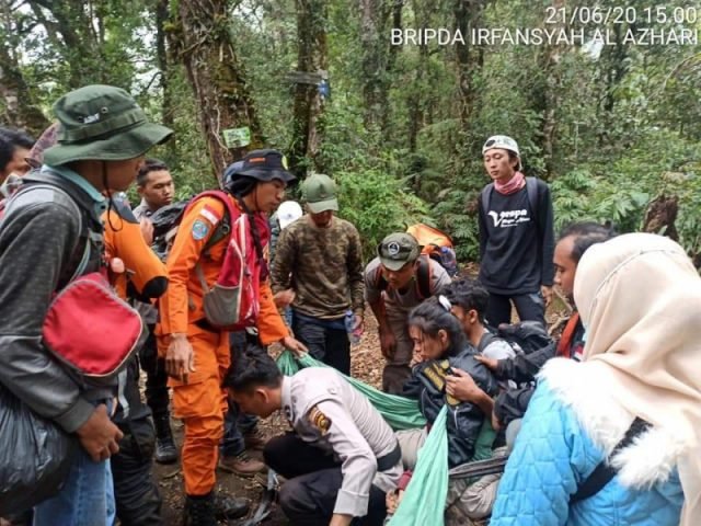 3 Pendaki Alami Hiportemia di Gunung Dempo, SAR Lakukan Evakuasi