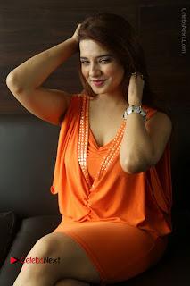Actress Saloni Aswani Pos in Short Dress at Meelo Evaru Koteeswarudu Movie Interview  0229.JPG
