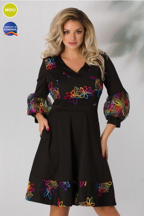 Rochie neagra eleganta Cu broderie multicolora