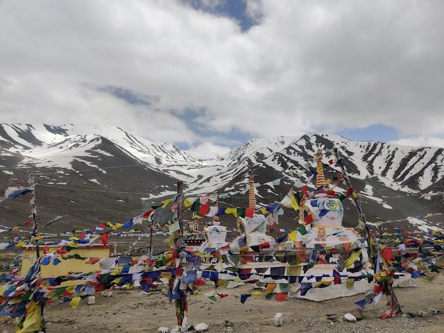 ultimate travel guide to spiti valley kunzum pass