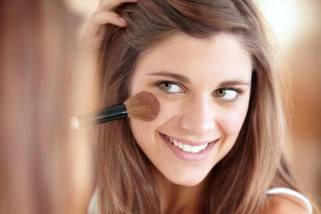 Qu'est-ce que le maquillage minéral et quels sont ses bienfaits pour la peau du visage