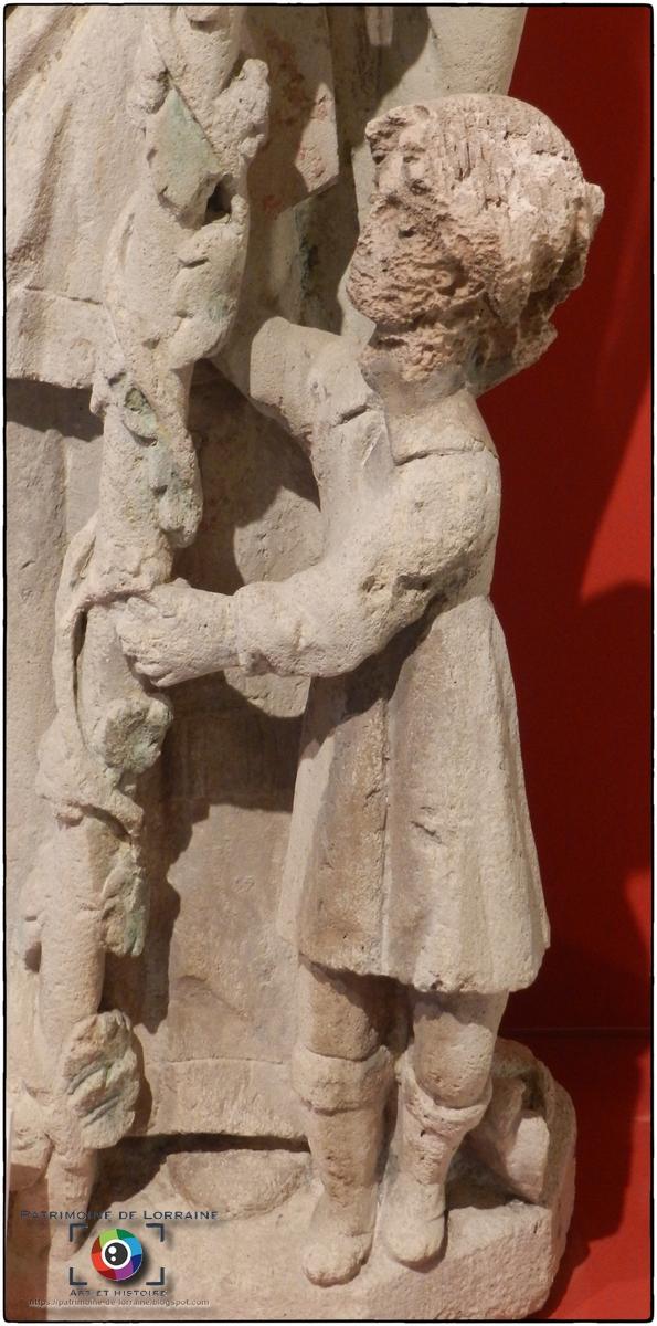 TOUL (54) - Musée d'Art et d'Histoire : Statue de Saint-Urbain (Fin XVIe siècle)